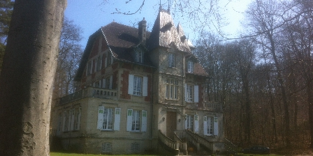 Chambre d'hotes L'Ermitage de La Fontaine des Roches > face sud