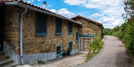 Lyon Campagne, Suite Etoiles Une maison de caractère (entrée de la suite à gauche)