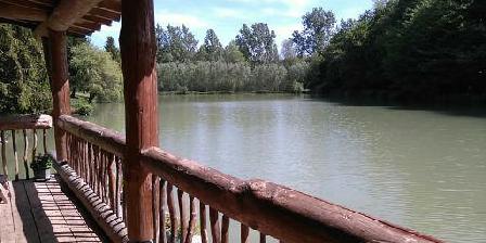 Gîte La Maison Forestière Un balcon sur l'étang comme une coursive de bateau