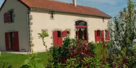 Gîtes des Theilles - Le 12 places Vue exterieure