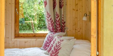 Gite Le Cocon au Potager > la chambre vue de la terrasse