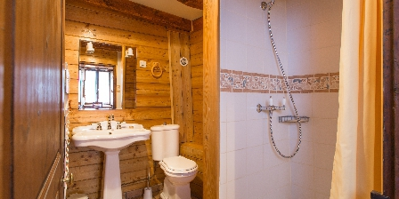 Au Coeur des Alpes Salle de douche chambre