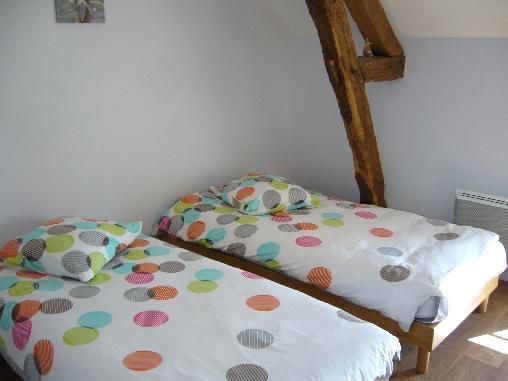 Chambre d'hote Cher - chambre étage  - lits 90 -