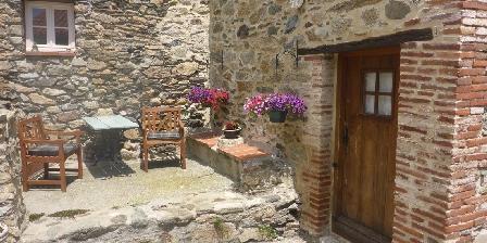 Chambre d'Hôtes Mas Taillet Entree et terrasse privé