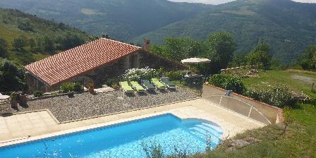 Chambre d'Hôtes Mas Taillet La piscine