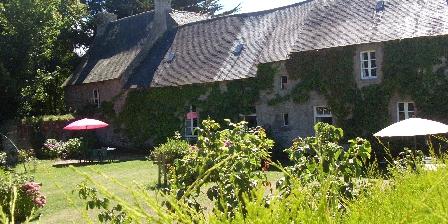 Grand Gîte du Vieux Manoir en Trégor pour 10 Pers Mer et Campagne Jardin verdoyant