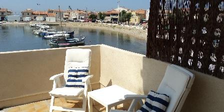 Location Saisonnière Gaby La Petite Maison de Pêcheurs Autre vue de la terrasse