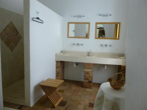 Chambre d'hote Gard - salle d'eau du Murier