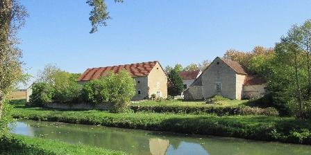 Gîte La Poudre d'Escampette Depuis la Loire à vélo