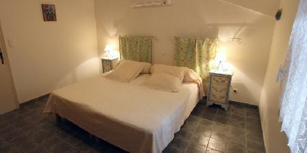 Le Clos de La Font Chambre lit jumellé ou 2 lits