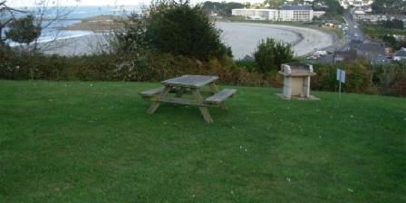 Vue Exceptionnelle Plage de Trestel Près Perros-guirec Parc de 2000m² avec barbecue, chaises longues...