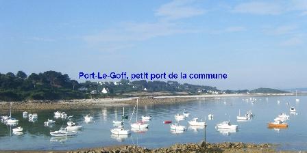 Vue Exceptionnelle Plage de Trestel Près Perros-guirec Petit port à proximité des locations