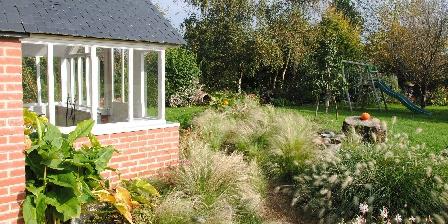 Les gîtes de Kérégal La véranda avec vue sur le jardin