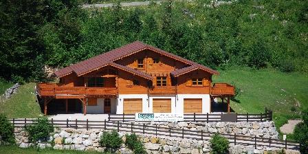 Gite Chalet Le Jouvence > Bienvenue au gîte du Chalet Le Jouvence à Prémanon dans le Jura.
