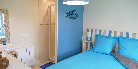 Cottage Blue Note > Gîte-BlueNote-Chambre-douche