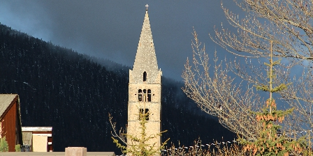 Chalet le Perce Neige église Ste Cécile