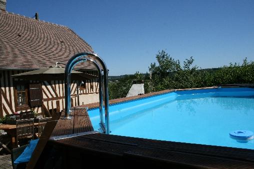 Chambre d'hote Orne -  maison côté piscine