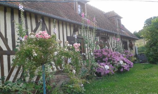 Chambre d'hote Orne - façade en fleurs