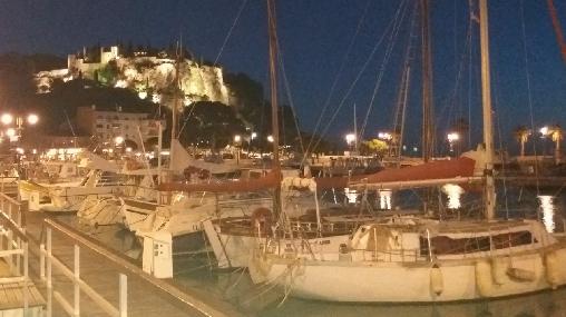 Le Port et château la nuit