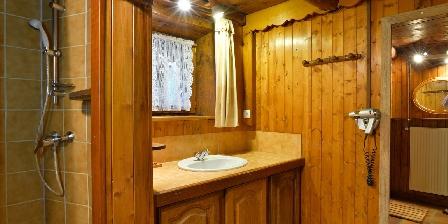 Le Chalet Salle de bains n° 1 avec douche + baignoire