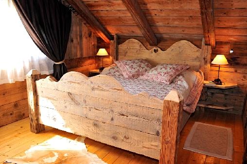 Chambre d'hote Haute-Savoie - Une chambre ambiance vieux chalet