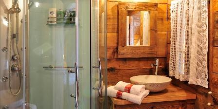 Le Chalet Salle chaleureuse de bains