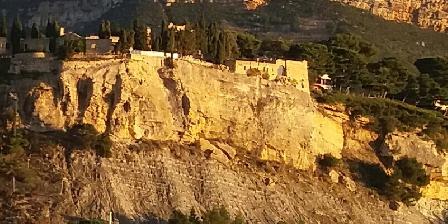 Le Bougainvillier  chateau