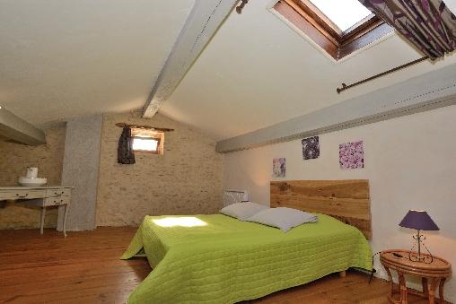 Chambre d'hote Gard - la grande chambre de Mélusine