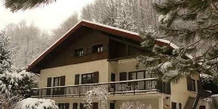 Gîte Serge Magnani Chalet en hiver