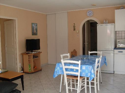 Chambre d'hote Charente-Maritime - pièce bien éclairée