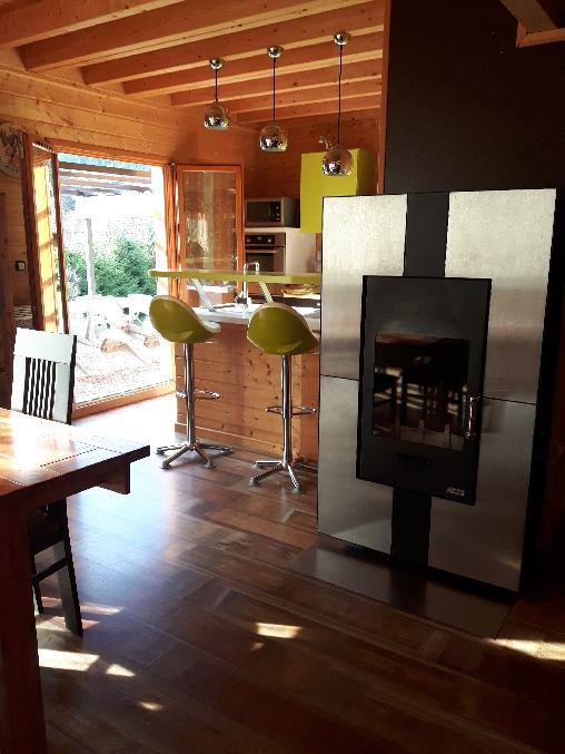 Chambre d'hote Vosges - Cuisine ouverte donnant sur l'extérieur