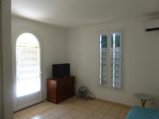 Chambre d'hote Var - meuble TV
