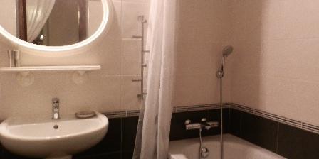 Gite Lou Flaujer La salle de bains