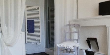 Gite Lou Flaujer La salle d'eau