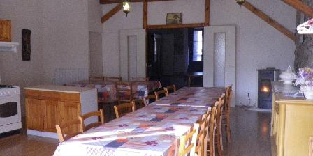 Le Fromentou - Gîte Rural 12 Personnes Salle à manger