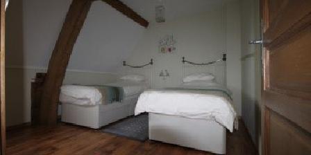 Chambre d'hotes La Différence - Le Pressoir > 1ére chambre de famille