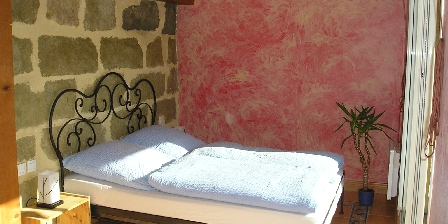 Maison de Village à Pomérols The bedroom on the 2nd floor