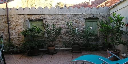 Maison de Village à Pomérols La terrasse au 2ième étage