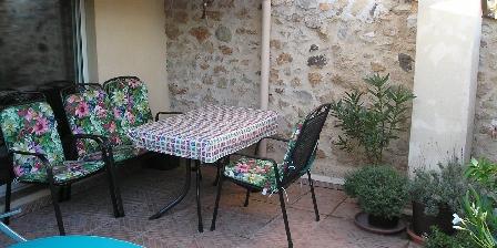 Maison de Village à Pomérols La terrasse au deuxième étage