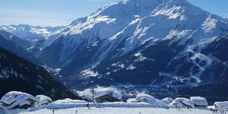 Chalet Les Clarines Montange en hiver