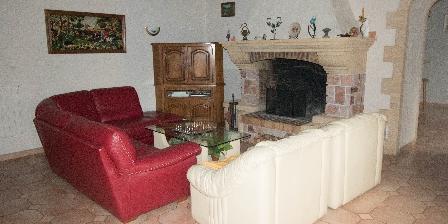 O Gîte Bleu Salon / cheminée