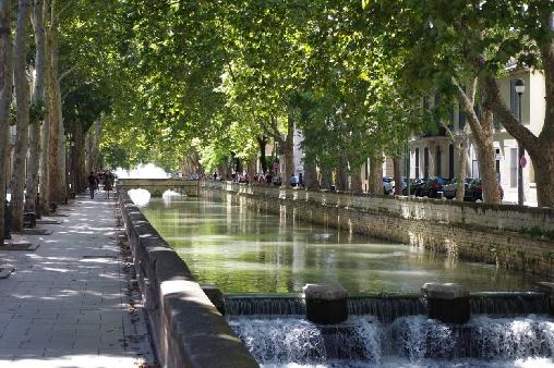 Quais de la Fontaine à Nîmes