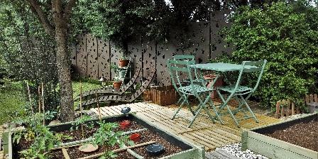 Nathalie Bouillot  terrace and garden