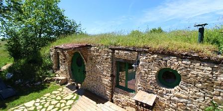 La Maison Hobbit du Mas de Saillac