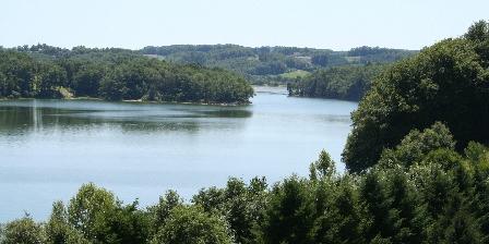 Gîte du Lac aux Monts Le Lac St Etienne Cantalès
