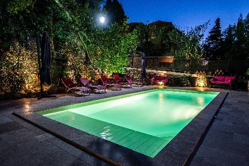 la piscine la nuit maison le four à pain entre Carcassonne