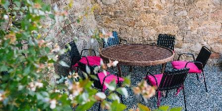 Le Roc sur l'Orbieu Gîte pour 5 pers Le Chemin de Ronde Piscine le roc sur l'orbieu Carcassonne