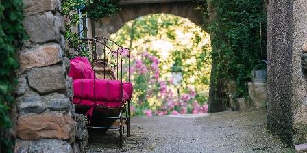 Le Roc sur l'Orbieu Gîte pour 5 pers Le Chemin de Ronde Jardins le roc sur l'orbieu Carcassonne