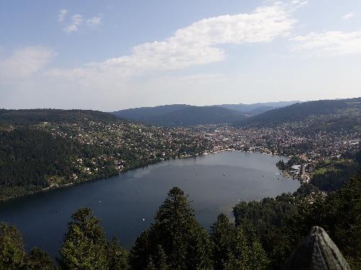 Le lac à 2 km