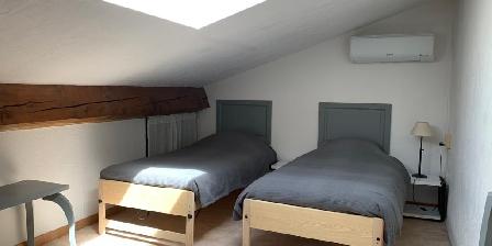 Bastide Sainte Agnès Gites Les Cyprès bedroom 2
